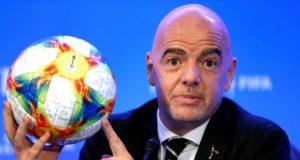 Réforme du calendrier: la Fifa veut consulter les fédérations le 30 septembre